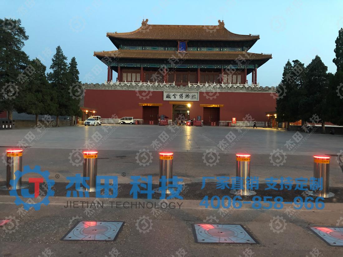 北京故宫博物馆升降柱
